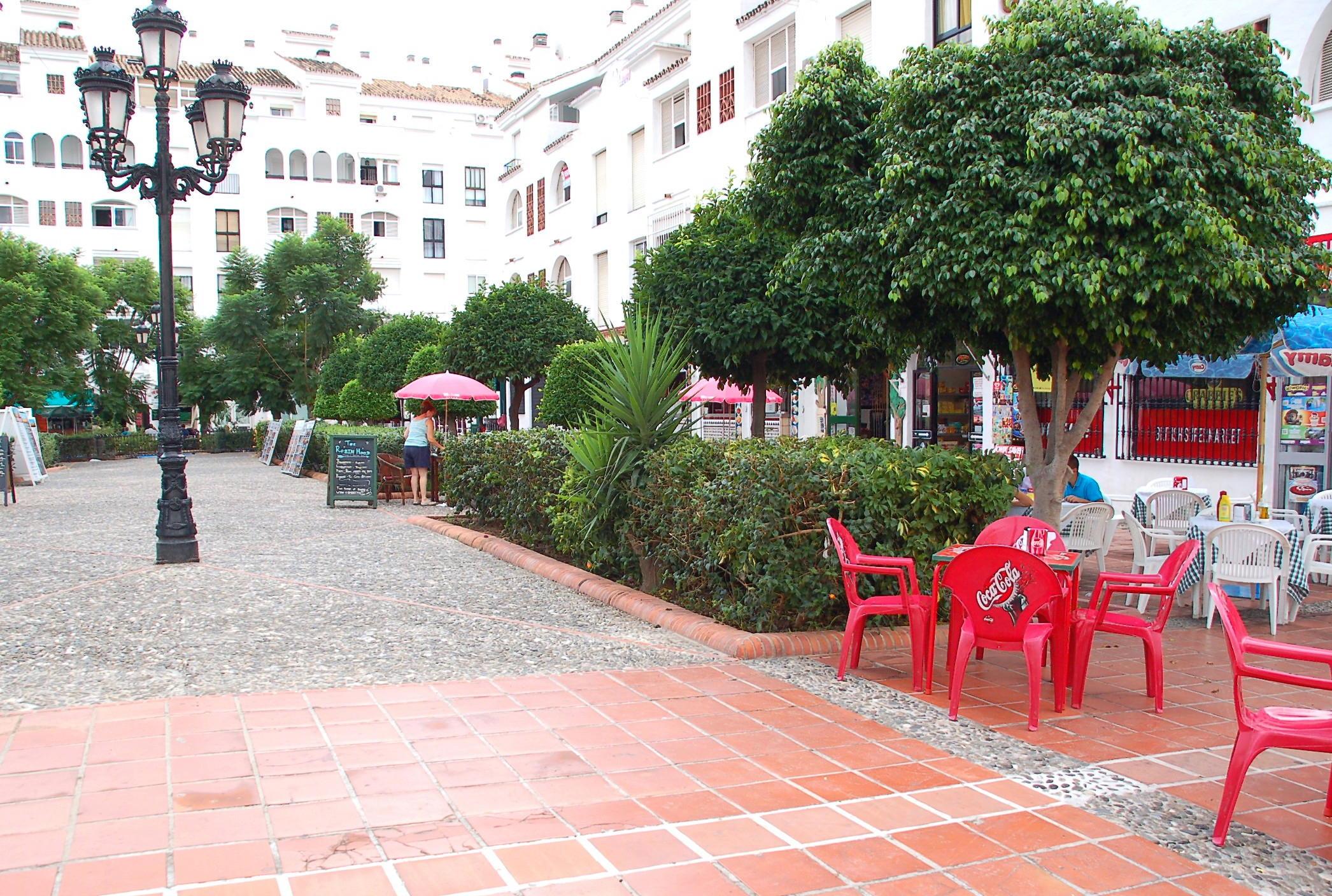 Bonanza Square